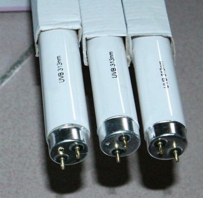 北京荧光紫外老化灯管现货